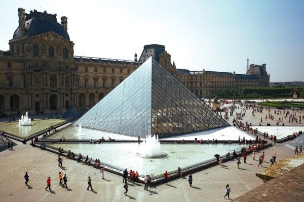Em 1.º lugar: Paris